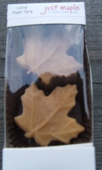 Maple Candy, 2 Maple Leaves