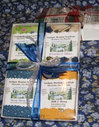 Simple 4 Bar Gift Box